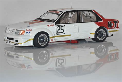 new classic carlectables 1 18 vc holden commodore hdt 1980 sandown moffat 9311818183108 ebay