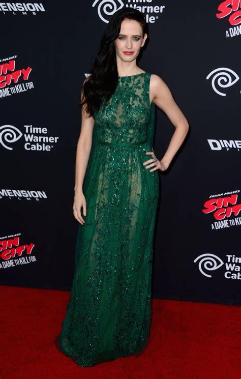 jessica alba eva green   sin city  dame  kill  la premiere fashion  rogue