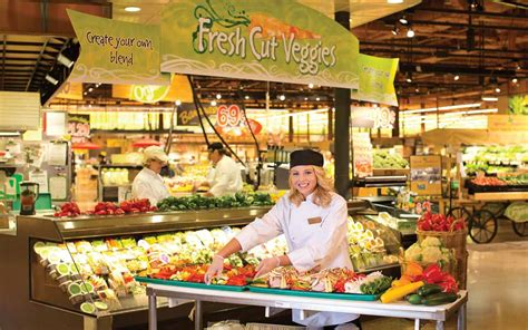 8 Things Shoppers Should Know About Wegmans