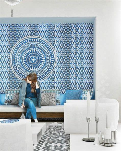 le carrelage mural en  variantes pour vos murs