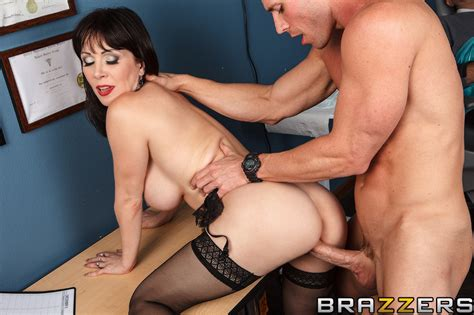 Fuck Me Hard Or Else Free Video With Rayveness Brazzers Official