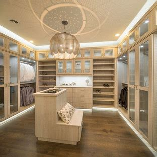 popular walk  closet design ideas