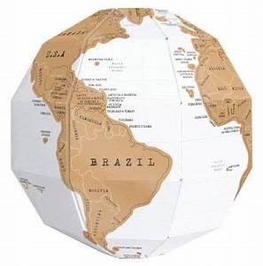 Globe Terrestre Pour Enfant : globe terrestre scratch globe en papier gratter or blanc luckies ~ Teatrodelosmanantiales.com Idées de Décoration