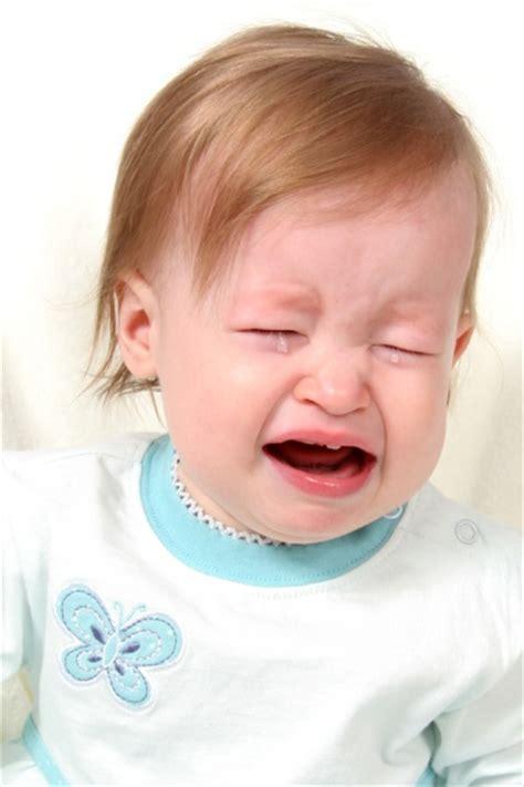 nhs direct wales encyclopaedia babies crying