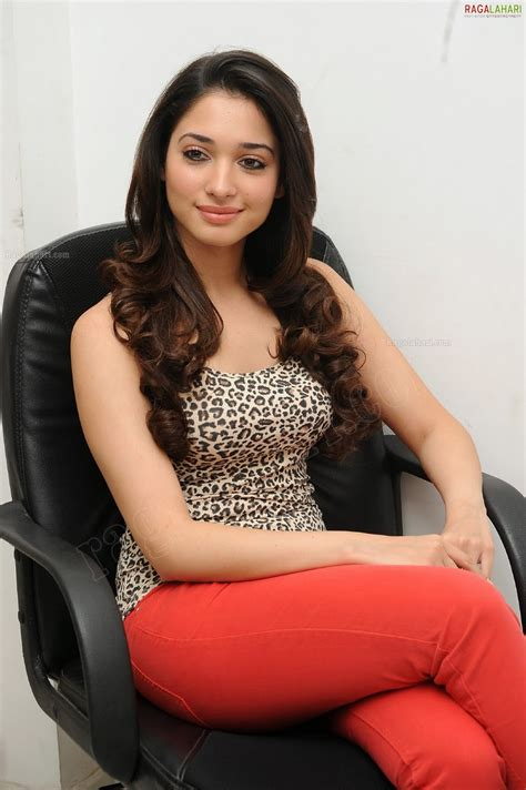 Best Actress Image Gallery Tamanna Hot Gallery