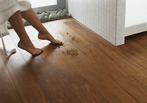 Parkett In Küche : parkett erobert bad und k che parkettboden im barfu bereich ~ Markanthonyermac.com Haus und Dekorationen