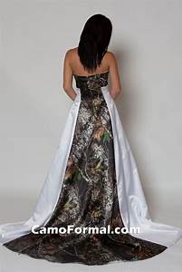 Camo wedding dresses mossy oak mossy oak new breakup for Mossy oak wedding dress