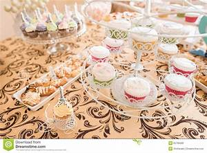 Sweed Paris : wedding candy bar live stock photo image of cookies 55795500 ~ Gottalentnigeria.com Avis de Voitures
