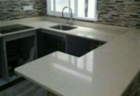 tableros de cocina en marmol cuarzo granito blanco lima