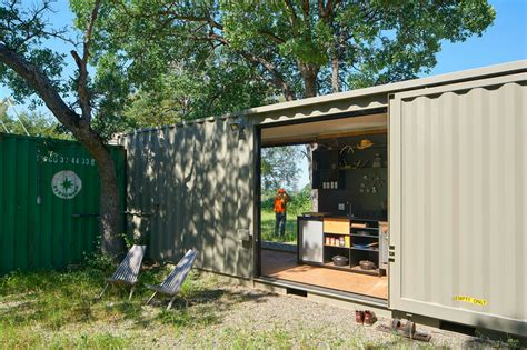 grid shipping container cabin has a warm wooden