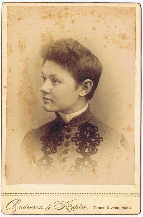 vintage cabinet card victorian woman photograph michigan