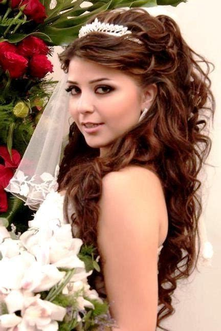 quinceanera hairstyles  curls  tiara hair  hair