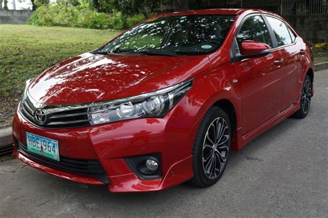 Review Toyota Corolla Altis by Toyota Corolla Altis 2 0 V Review Specs Performance
