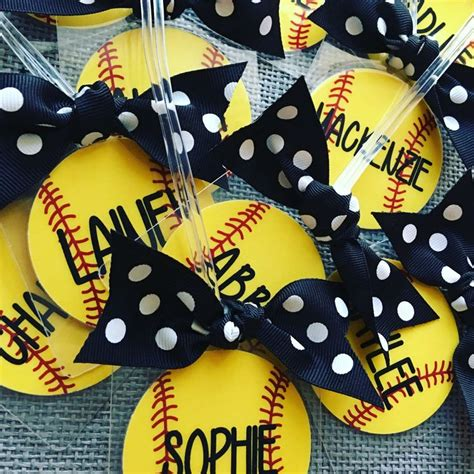 best christmas gifts for teen baseball players 25 best ideas about softball team gifts on softball gifts softball crafts and