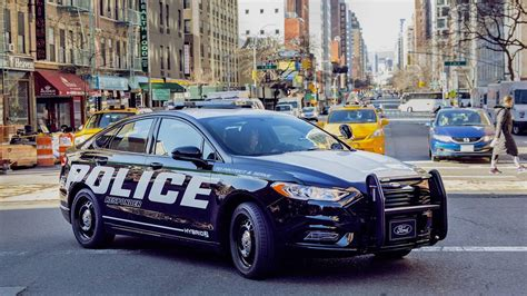 Cop Cars by Ford Has A New Quot Pursuit Quot Hybrid Fusion Car