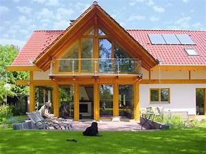 Haus Im Landhausstil : modernes landhaus mit rotem dach concentus modernes fachwerkhaus ~ Markanthonyermac.com Haus und Dekorationen