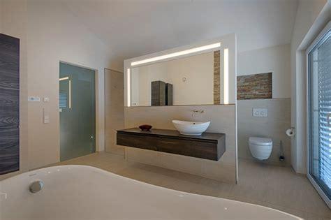 Moderne Badezimmer Mit Trennwand by Unikat Satteldach Modern Badezimmer Stuttgart