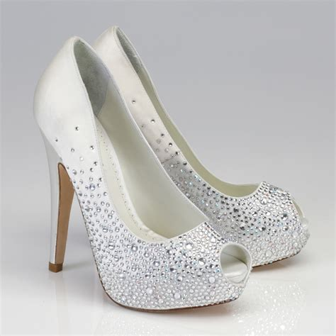 Wedding Shoes by Choose The Wedding Shoes For