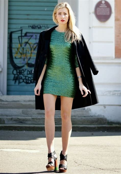Fabulous Green Dress Outfits Ideas for All Summer Long - Pretty Designs