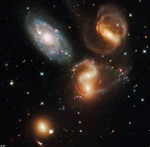 Hubble telescope images show universe in more detail than ...