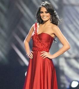 Photo Miss Univers En Robe De Soire