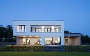 Moderne Innenarchitektur Einfamilienhaus : sch nes einfamilienhaus mit bestnote minimalistisches ~ Lizthompson.info Haus und Dekorationen