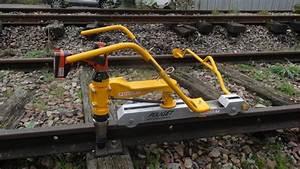Boulonneuse A Batterie : boulonneuse a chocs lectrique sur batterie pouget rail ~ Dode.kayakingforconservation.com Idées de Décoration