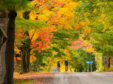 dont  quebecs fall colours september