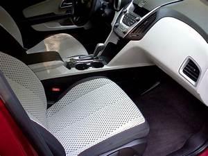 2010 Chevrolet Equinox - Interior Pictures