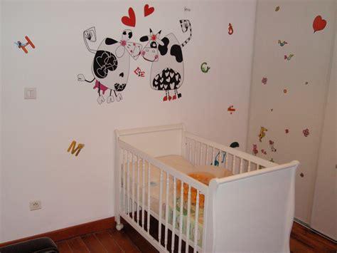 bebe 9 chambre deco chambre bebe avec stickers