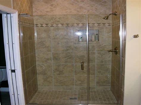 Master Bathroom Tile Designs by Bathroom Shower Tile Master Bathroom Tiles Model