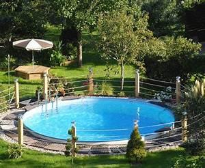 Kleiner Garten Mit Pool : kleiner pool im garten selber bauen pool amp teich planen und anlegen bauende nowaday garden ~ Markanthonyermac.com Haus und Dekorationen