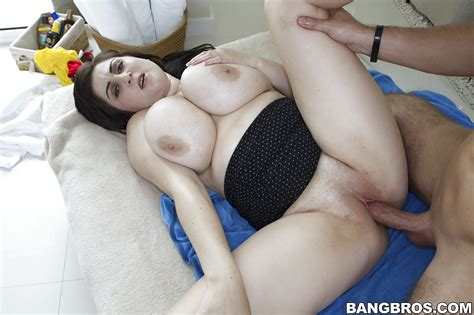 Beverly Paige Takes Hardcore Ass Fucking And Gets Jizzed
