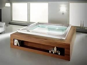 Freistehende Badewanne Holz : whirlpool holz verkleidung regale freistehende badewanne badezimmer in 2019 jacuzzi ~ Yasmunasinghe.com Haus und Dekorationen