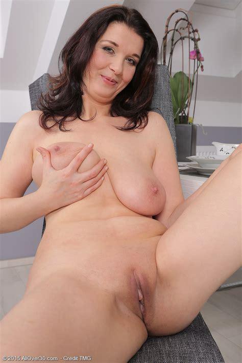 Sexy Older Lady Fernanda Jerson Holds A Big Natural Tit