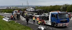 Autoroute A13 Accident : carambolage sur l 39 a13 le conducteur du camion est mort le point ~ Medecine-chirurgie-esthetiques.com Avis de Voitures