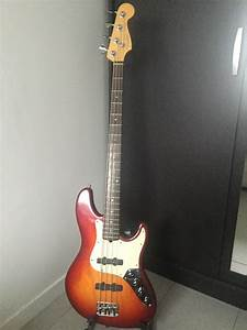 American Deluxe Jazz Bass  2002-2003  Fender