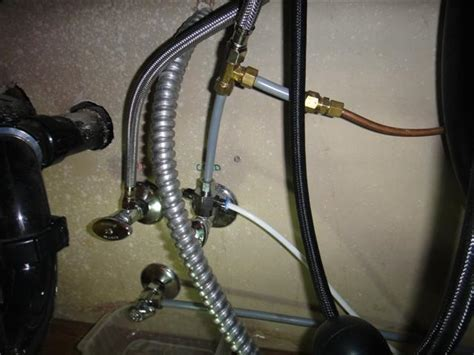 connect hose to sink water foods4know