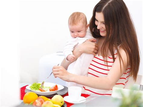 Breastfeeding Diet What To Eat Foods To Avoid While