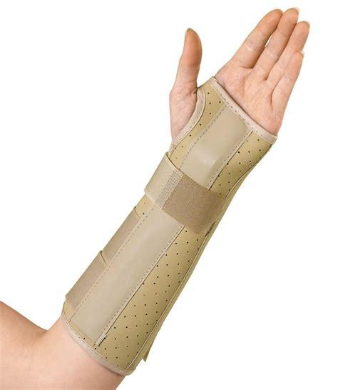 """Medline Vinyl Wrist And Forearm Splint 10"""", Lt, Lg, Each"""