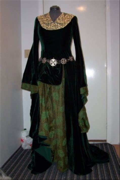 eowyns green gown