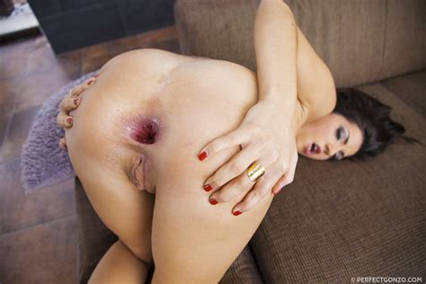 Cecilia De Lys Has Gaping Ass Hole From Anal Sex 2 Of 2