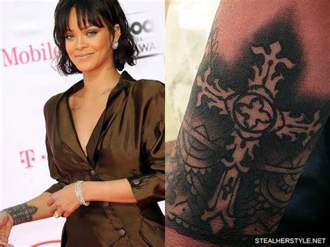 rihanna cross henna design wrist tattoo steal  style