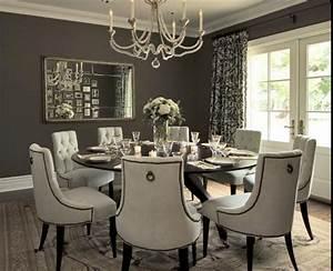 round dining