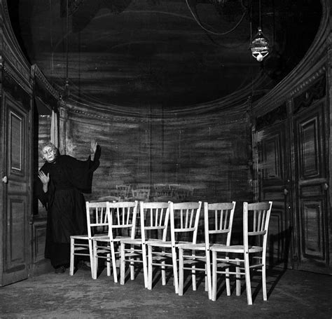 Ionesco Le Sedie Theater Of The Absurd And The Play Quot The Chairs Quot By Eugene