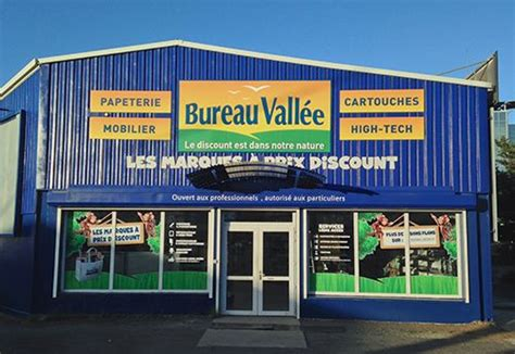 la vall馥 bureau bureau valle ouvre un superstore ddi aux fournitures de bureau nouma