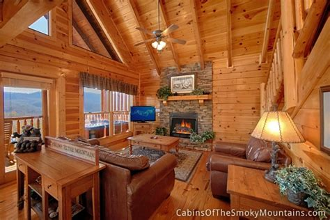 pigeon forge cabin tennessee livin 4 bedroom sleeps