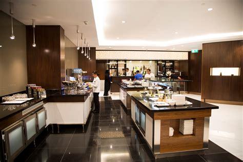 etihad airways reopens premium lounge  abu dhabi elite