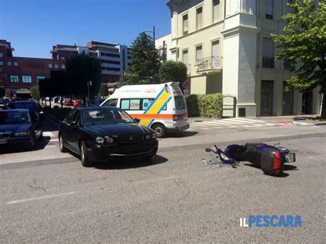 si鑒e auto 123 si scontrano un 39 auto e uno scooter in viale d 39 annunzio ferito un giovane centauro segnalazione a pescara