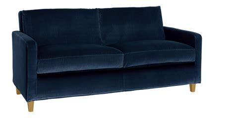 canape en s coup de cœur pour le canapé en velours bleu rise and shine